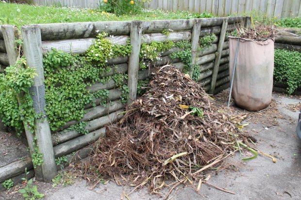 garden-waste-pile